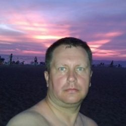 Симпатичный парень из Москвы, ищу девушку для регулярных встреч, исключительно для куни